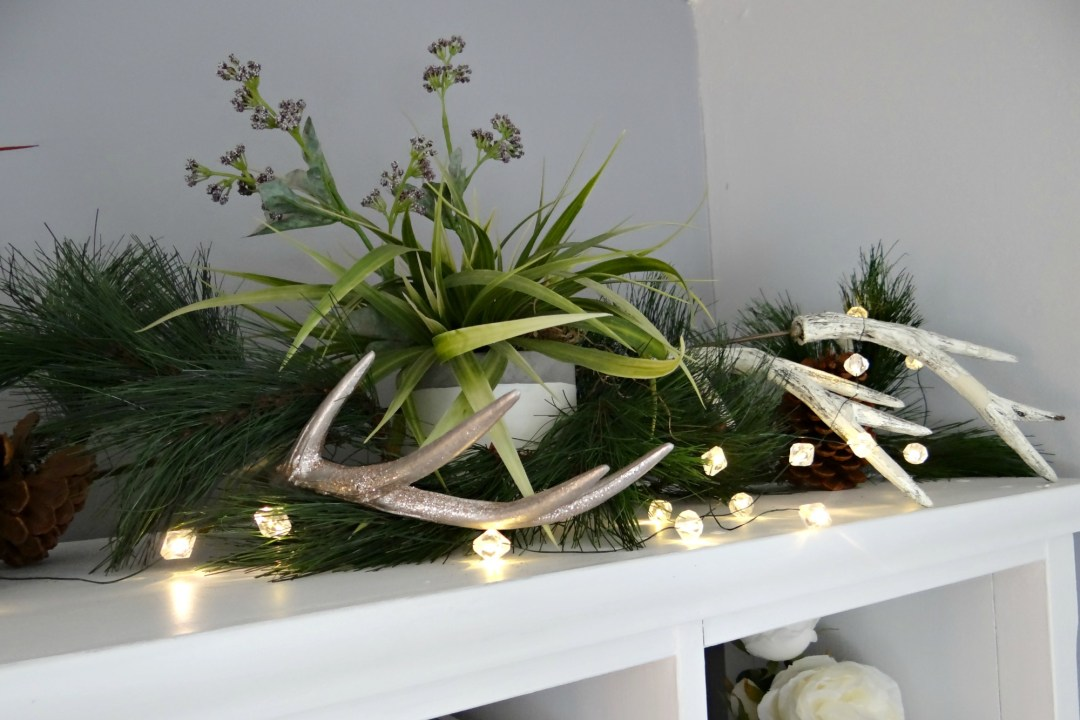 Bookshelf Top Christmas Decor - Beauteeful Living
