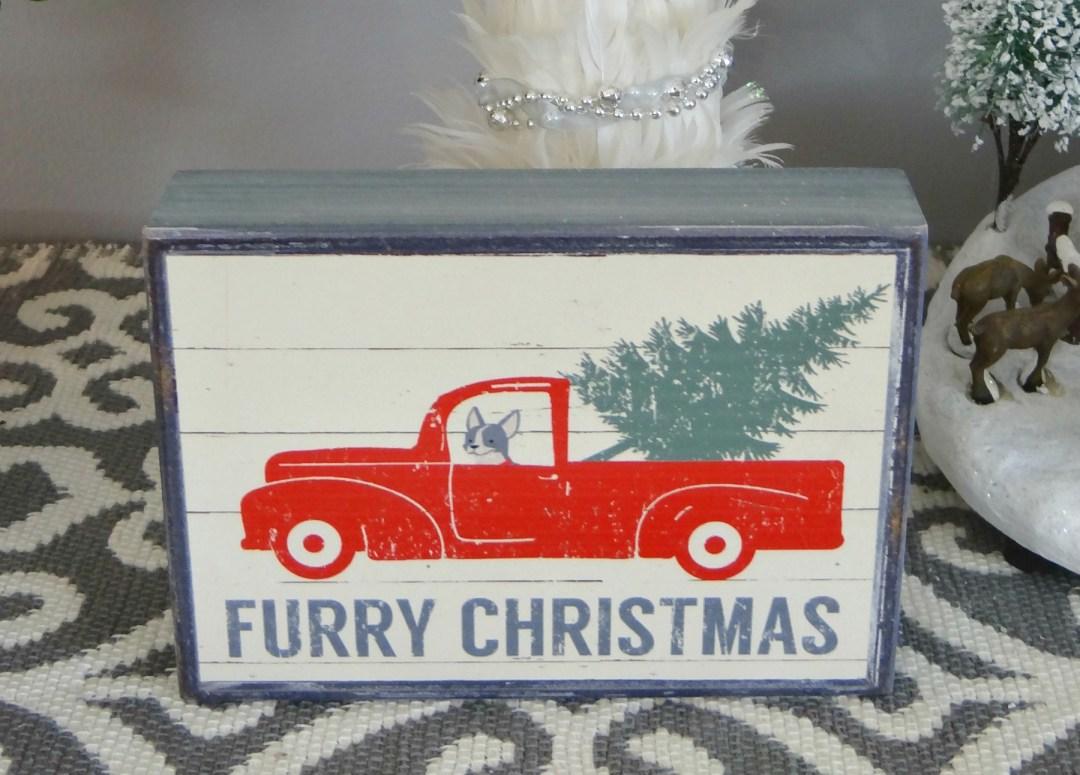 Furry Christmas Sign - Beauteeful Living