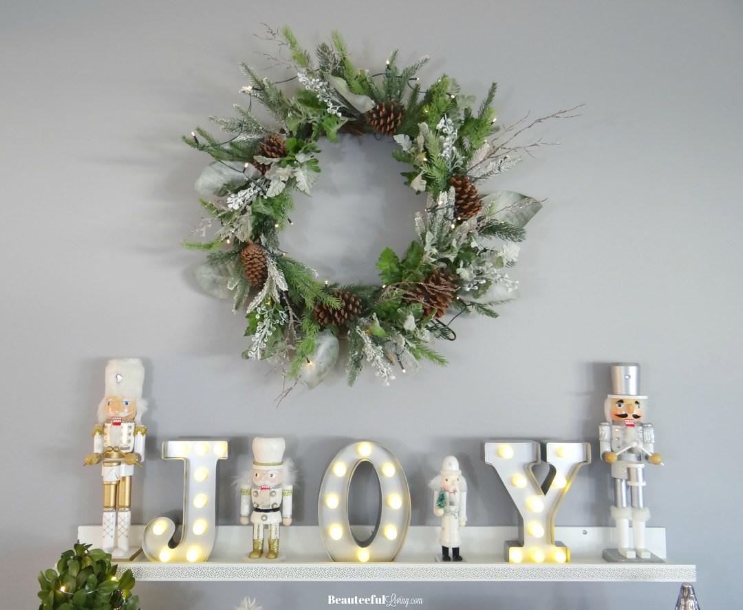 Glam Christmas Wreath - Beauteeful Living