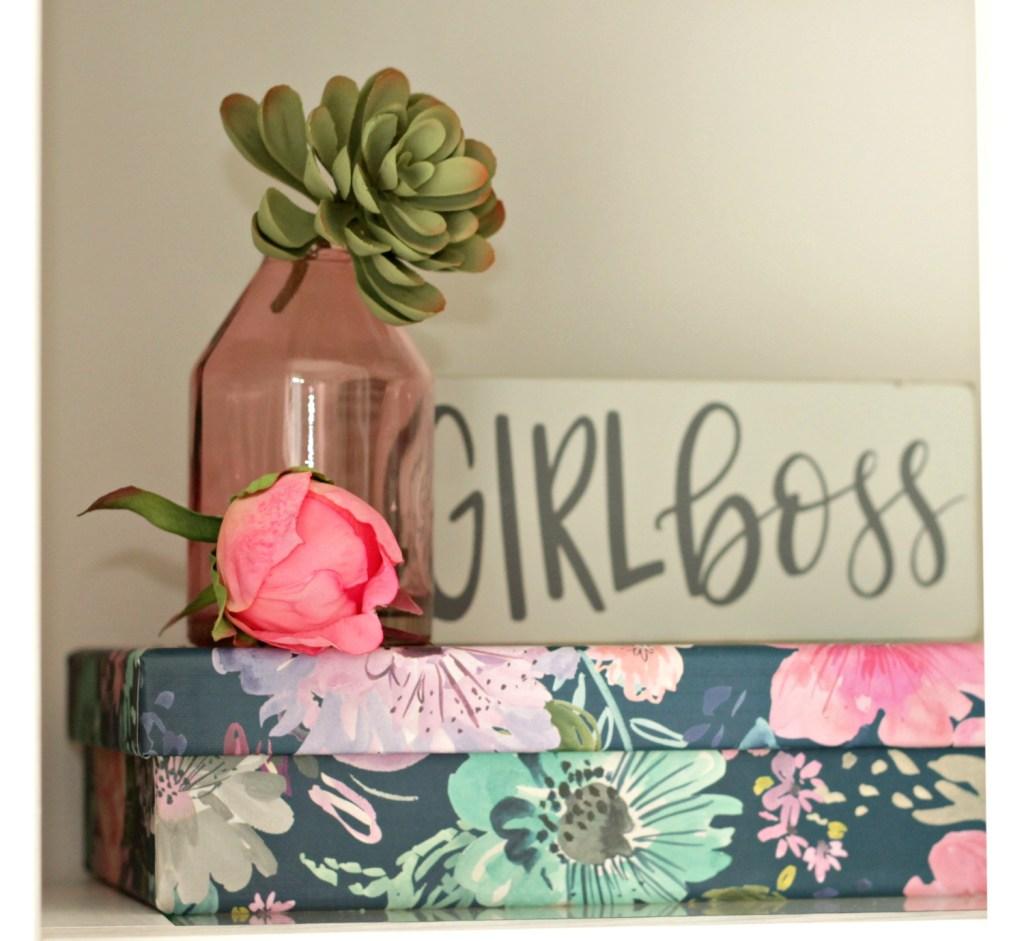 Girlboss sign - Beauteeful Living