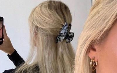 La pince crabe : l'accessoire cheveux indispensable du moment !