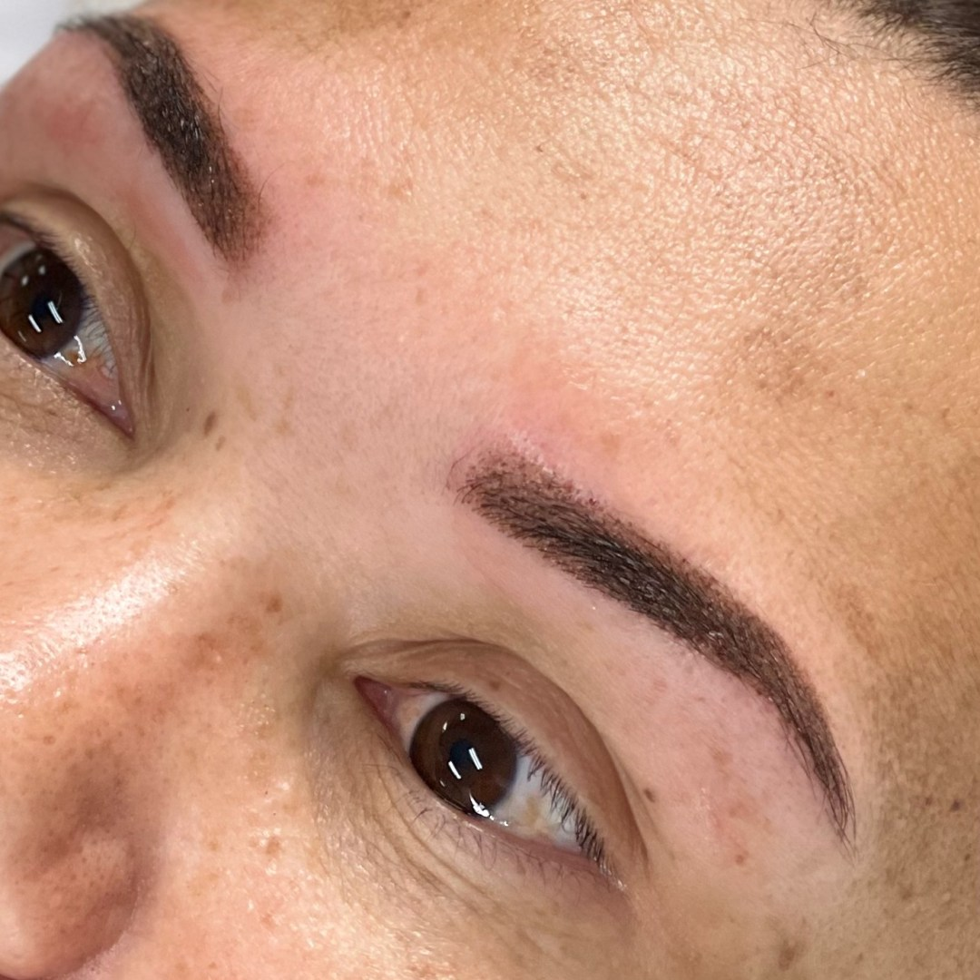 Cosmetic tattoo also known as Powder Brow or Ombre Brows by Amy Rodgers at Beautifeyes. Make your booking for your best brows. Call today 0451838321