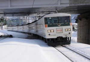 Schi Heil Jouetsu 20140201 300x207 - スキー列車について