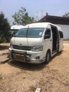 img 1530 225x300 - タイのチェンマイからラオスのルアンパバーンの18時間に及ぶバスの旅〜前編〜