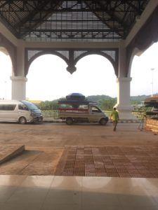 img 1553 225x300 - タイのチェンマイからラオスのルアンパバーンの18時間に及ぶバスの旅〜前編〜