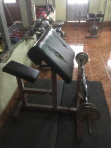 img 1741 225x300 - ラオスのルアンパバーンでジムを探してるなら「Mr.Big Muscle Gym」がお勧め
