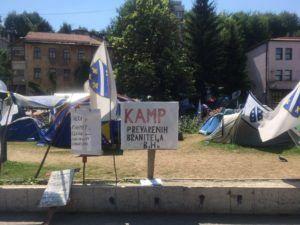 img 3305 300x225 - 難民キャンプに行ってみて