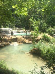 img 8563 225x300 - 死ぬ前までに行きたい絶景地、ラオスの「クアンシーの滝」