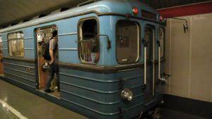 Budapest metro2 300x169 - [:ja]北朝鮮の地下鉄に乗るならハンガリーの首都ブダぺストへ[:en]北朝鮮[:]
