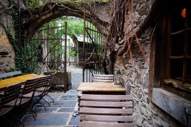 moniquedecaro_beautifulplaces_hoereth