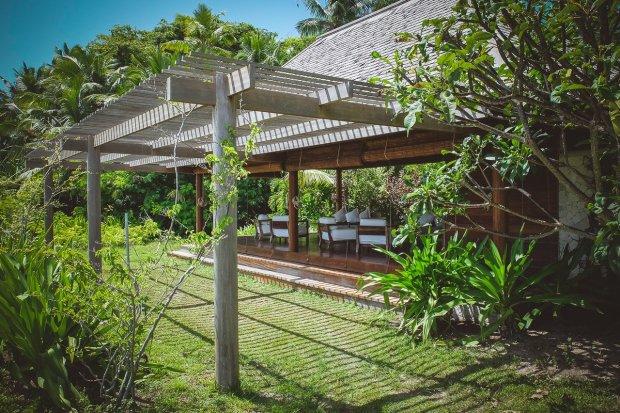 moniquedecaro-6117-denis-private-island