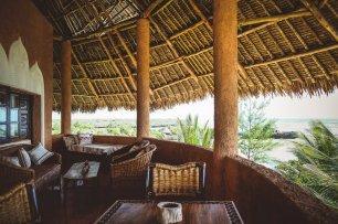moniquedecaro-kenya-chale-island-042