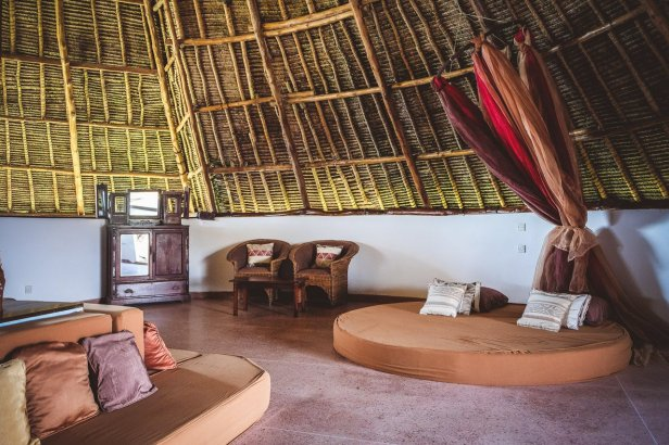 moniquedecaro-kenya-chale-island-048