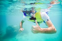 moniquedecaro-fiji-snorkel-7600