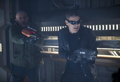 "DC's Legends of Tomorrow --""River of Time""-- Image LGN114b_0260b.jpg -- Pictured (L-R): Dominic Purcell as Mick Rory/Heat Wave and Wentworth Miller as Leonard Snart/Captain Cold -- Photo: Diyah Pera/The CW -- © 2016 The CW Network, LLC. All Rights Reserved."