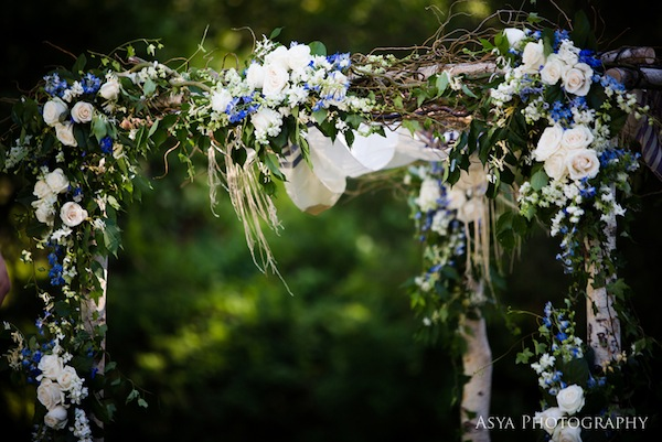 Wedding Wednesday A Touch Of Blue Beautiful Blooms