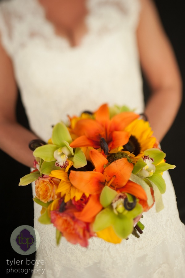Wedding Wednesday Fabulously Fall  Beautiful Blooms