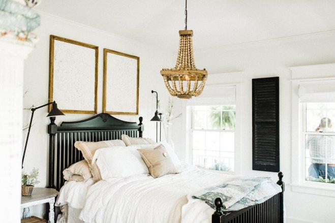 Fall Farmhouse Bedroom Decor