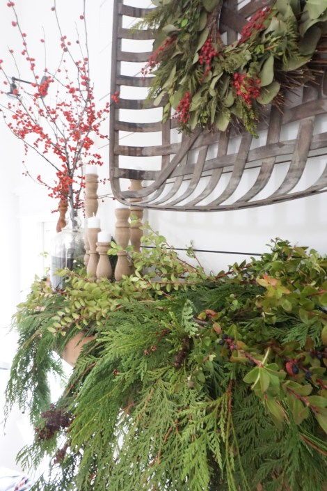 green decor for holiday decorating