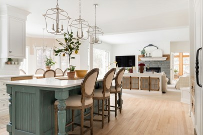 Kitchen Island Inspiration near Lake Minnetonka