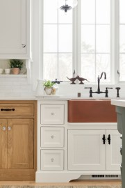 Farmhouse Sink in Minnetonka