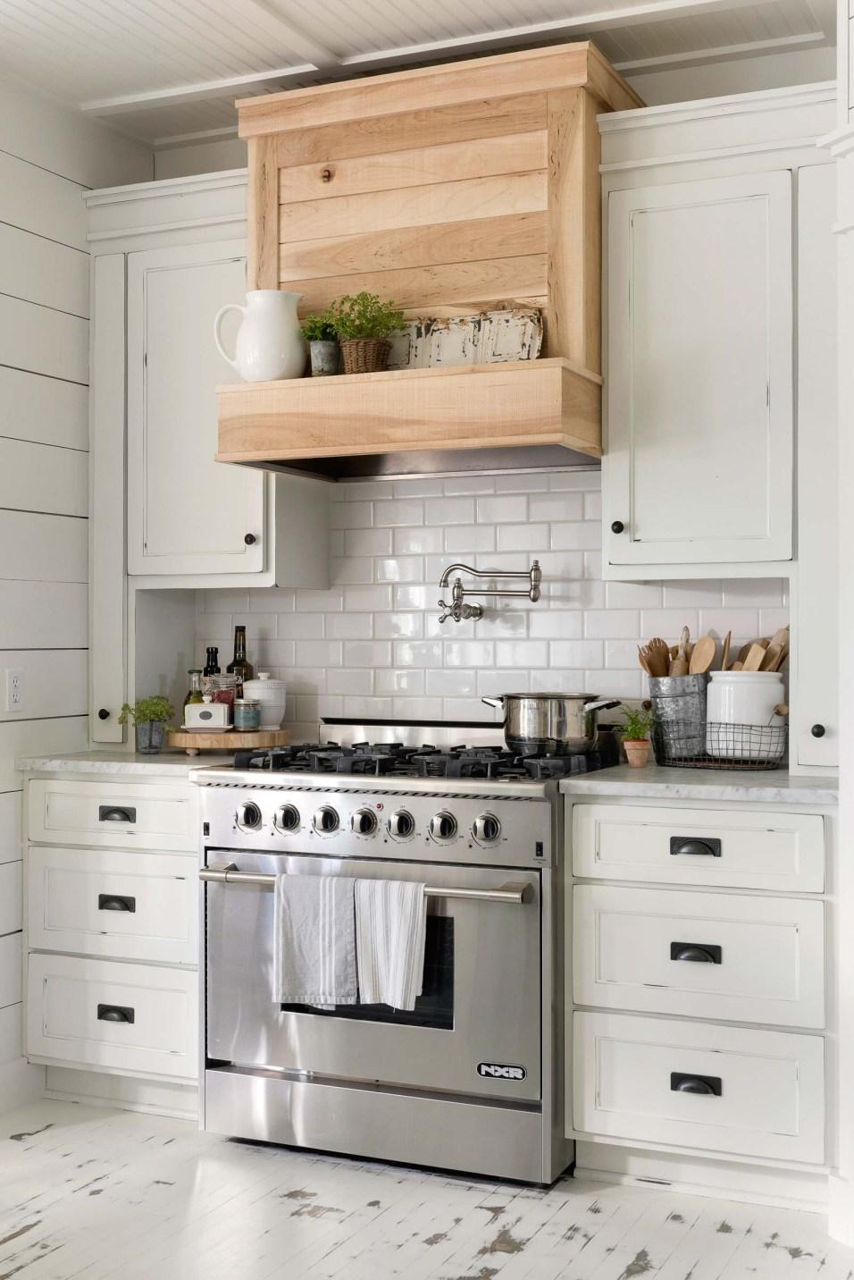 White Farmhouse Kitchen Renovation