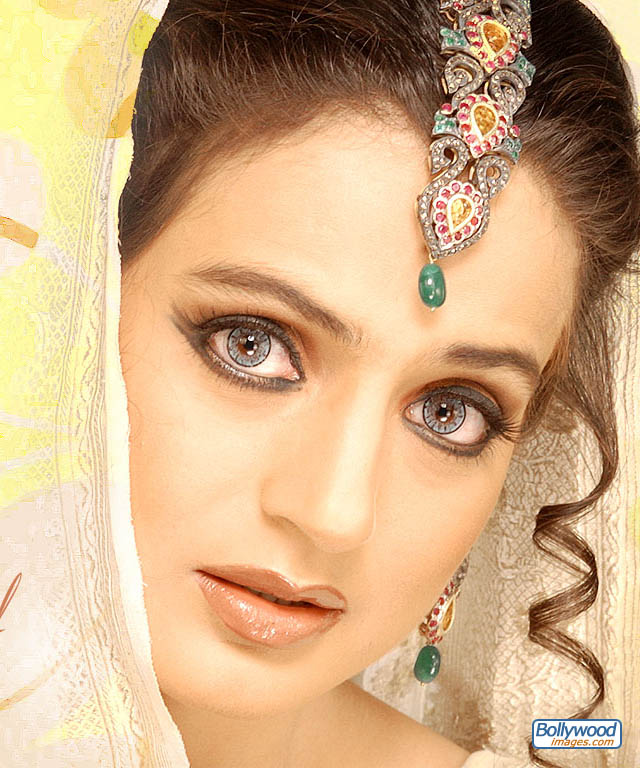 Amisha Patel 3d Wallpaper Amisha Patel Beautiful Cool Wallpapers