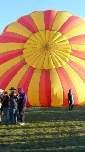 Albuquerque Balloon Fiesta Sunrise- visit www.beautifulfillment.com for more inspirations!