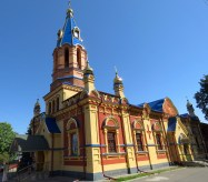 The Church in Ukrainian Colors - Anika Mikkelson www.MissMaps.com
