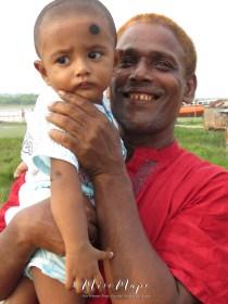 A Father's Love - Mongla Bangladesh - by Anika Mikkelson - Miss Maps - www.MissMaps.com