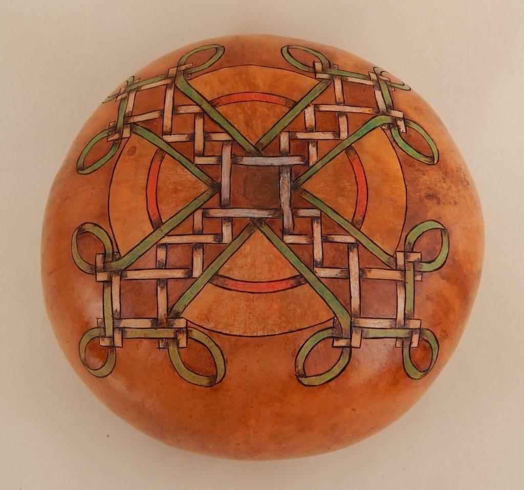 Celtic gourd art, Celtic gourds, decorative gourds, fine art gourds, painted gourds, Celtic heritage, Celtic knot design gourd
