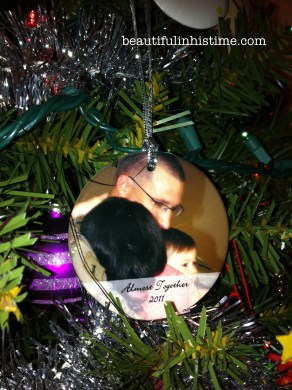IOur Christmas Ornament Tradition {with Personalization Mall}