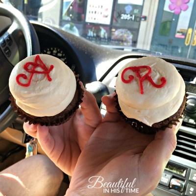 8thy anniversary cupcakes 2