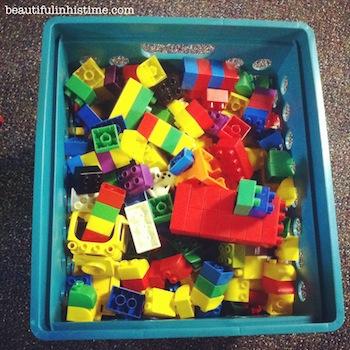 32 legos