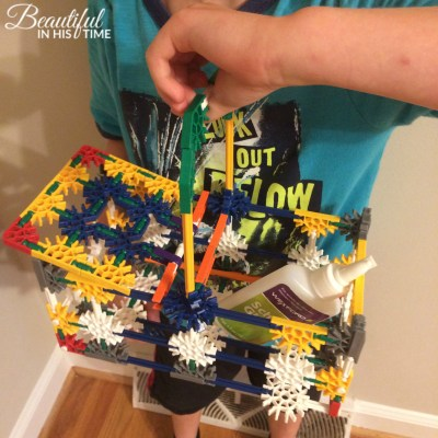 Surprisingly Functional K'Nex Picnic Basket