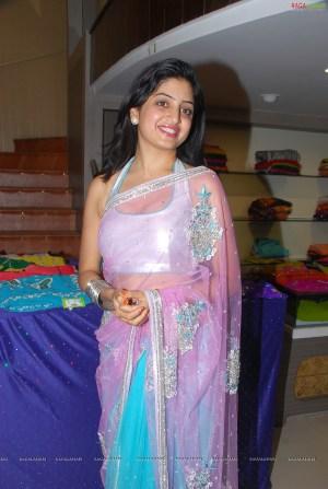 0016-poonam-kaur-high-resolution-nagavalli-collections16