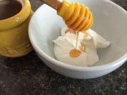 5 yogurt and honey hair mask benefits