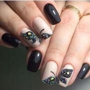 5 squoval nail design