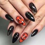 festive halloween nail