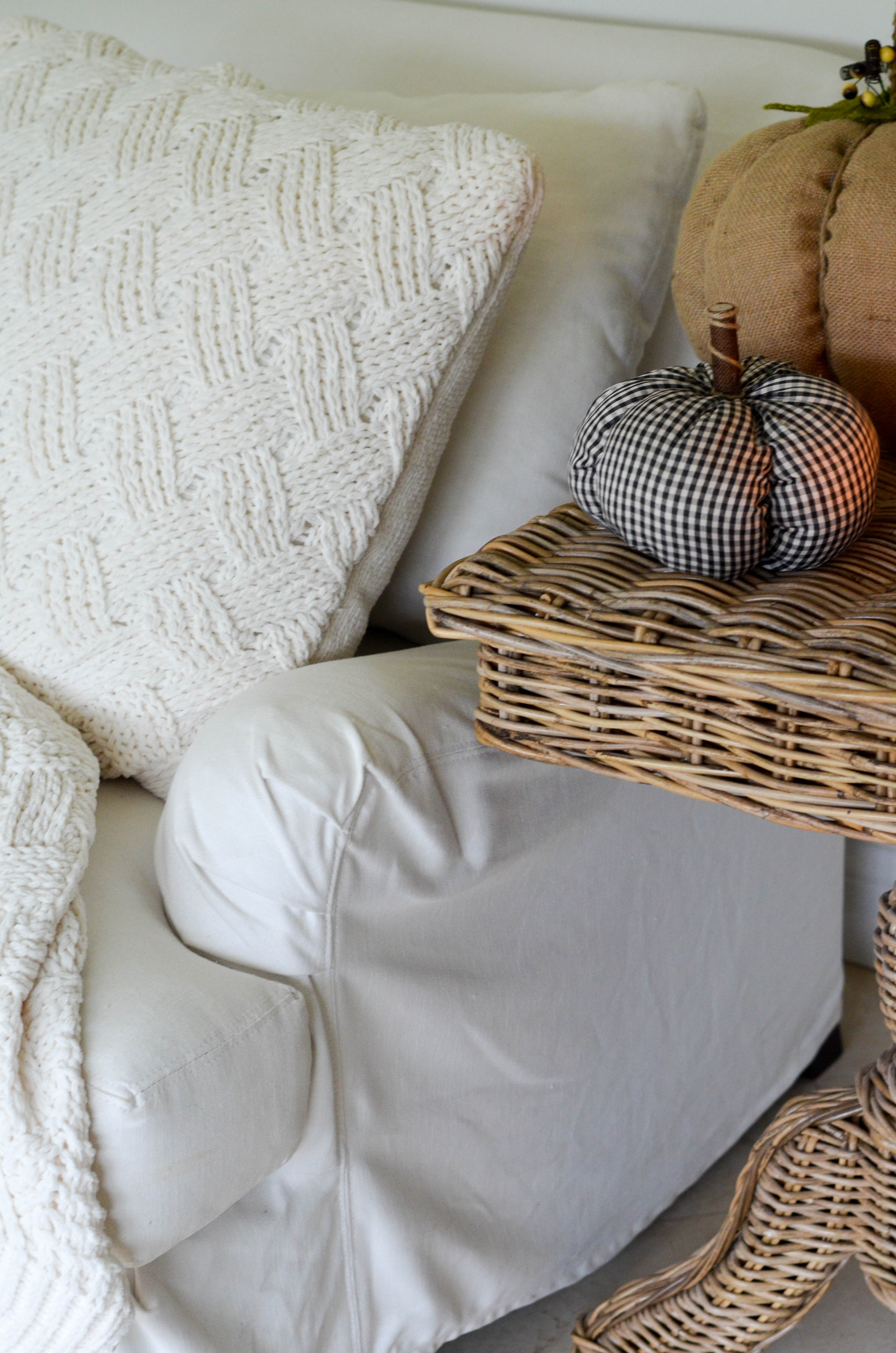 HOW TO KEEP A WHITE SLIPCOVERED SOFA CLEAN | Beautifully Seaside