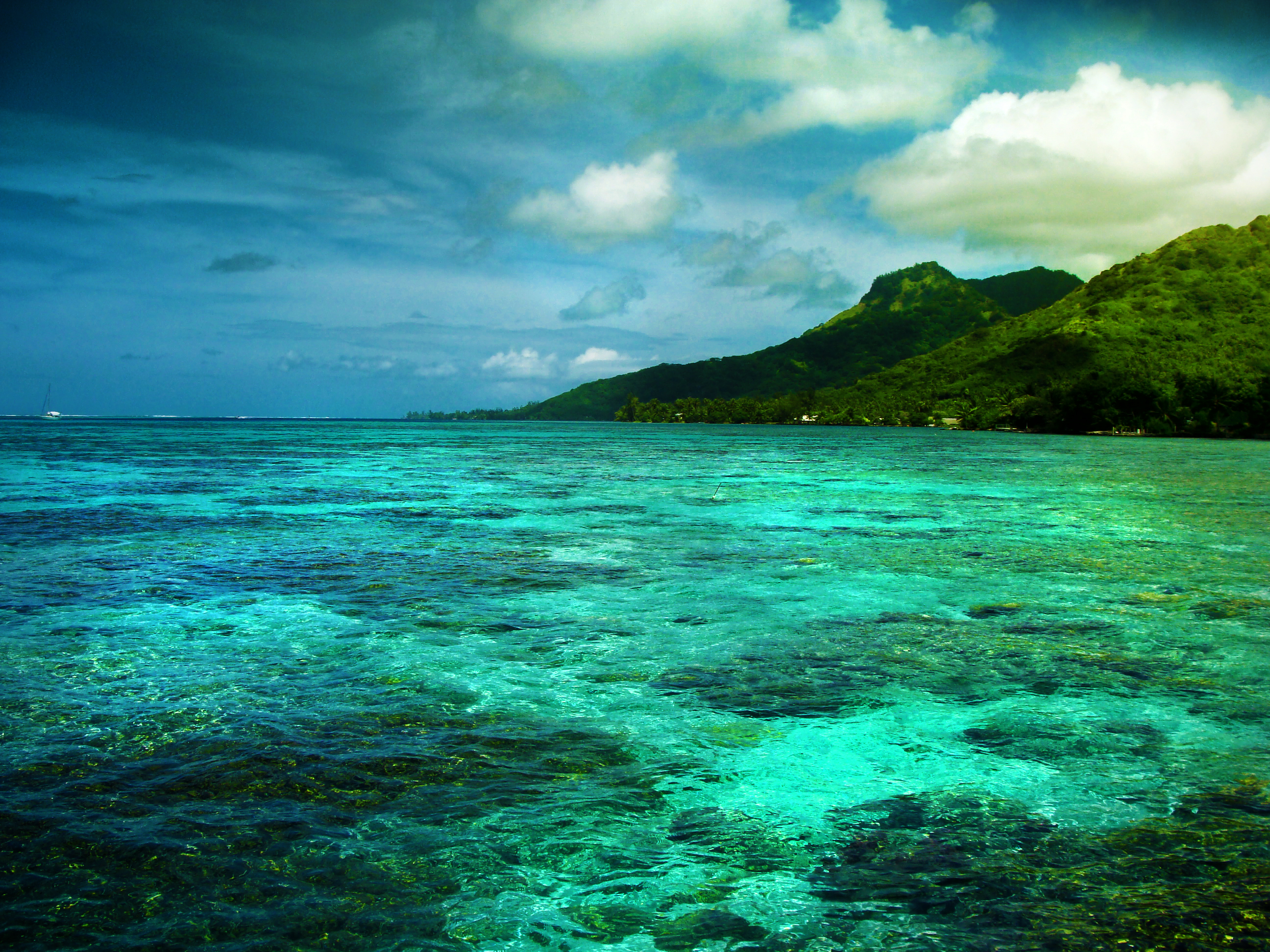 Moorea, French Polynesia - Beautiful Places to Visit