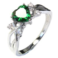 Emerald Heart Shaped Ring - Green Cubic Zirconia ...