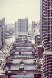 public-domain-images-free-stock-photos-down-town-chicago-blue-sky-4-666x1000