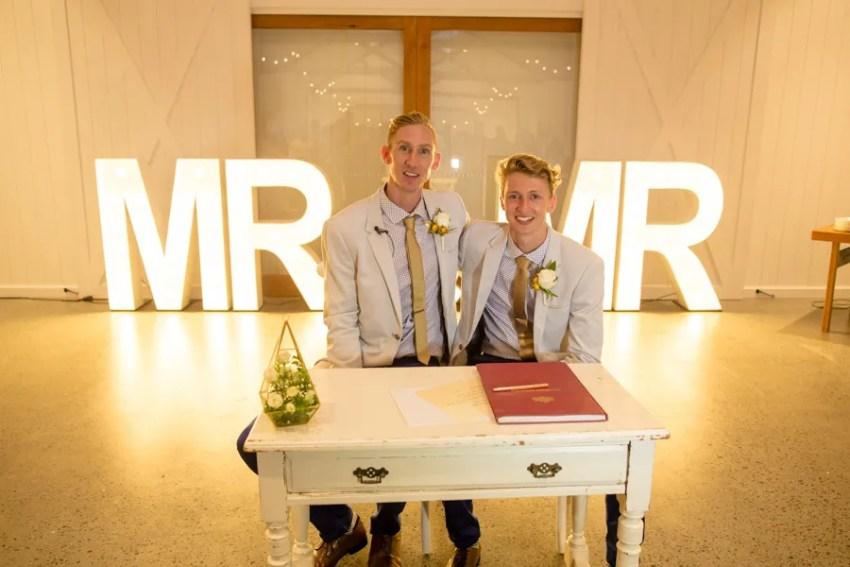 Luke-&-Craig-summergrove-wedding-21