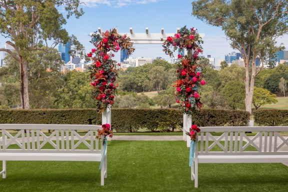 victoria-park-courtyard-arbour-ceremony-styling-17
