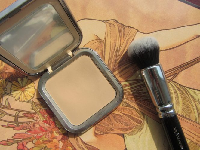 kiko-weightless-foundation-powder