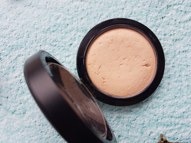 mac mineralized skinfinish medium plus