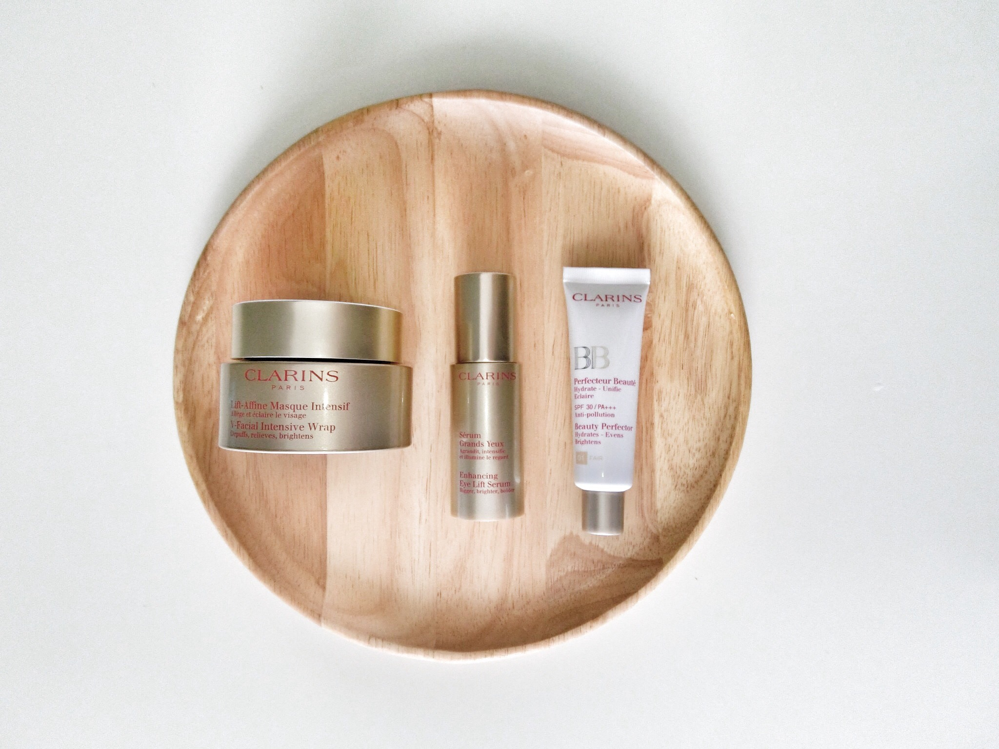 V-Facial Intensive Wrap by Clarins #15