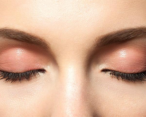 Beauty tips pentru sprancene frumoase