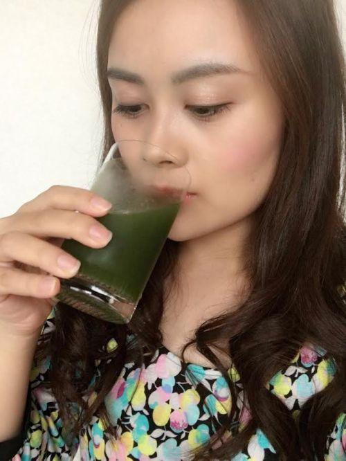 めっちゃ贅沢フルーツ青汁試飲